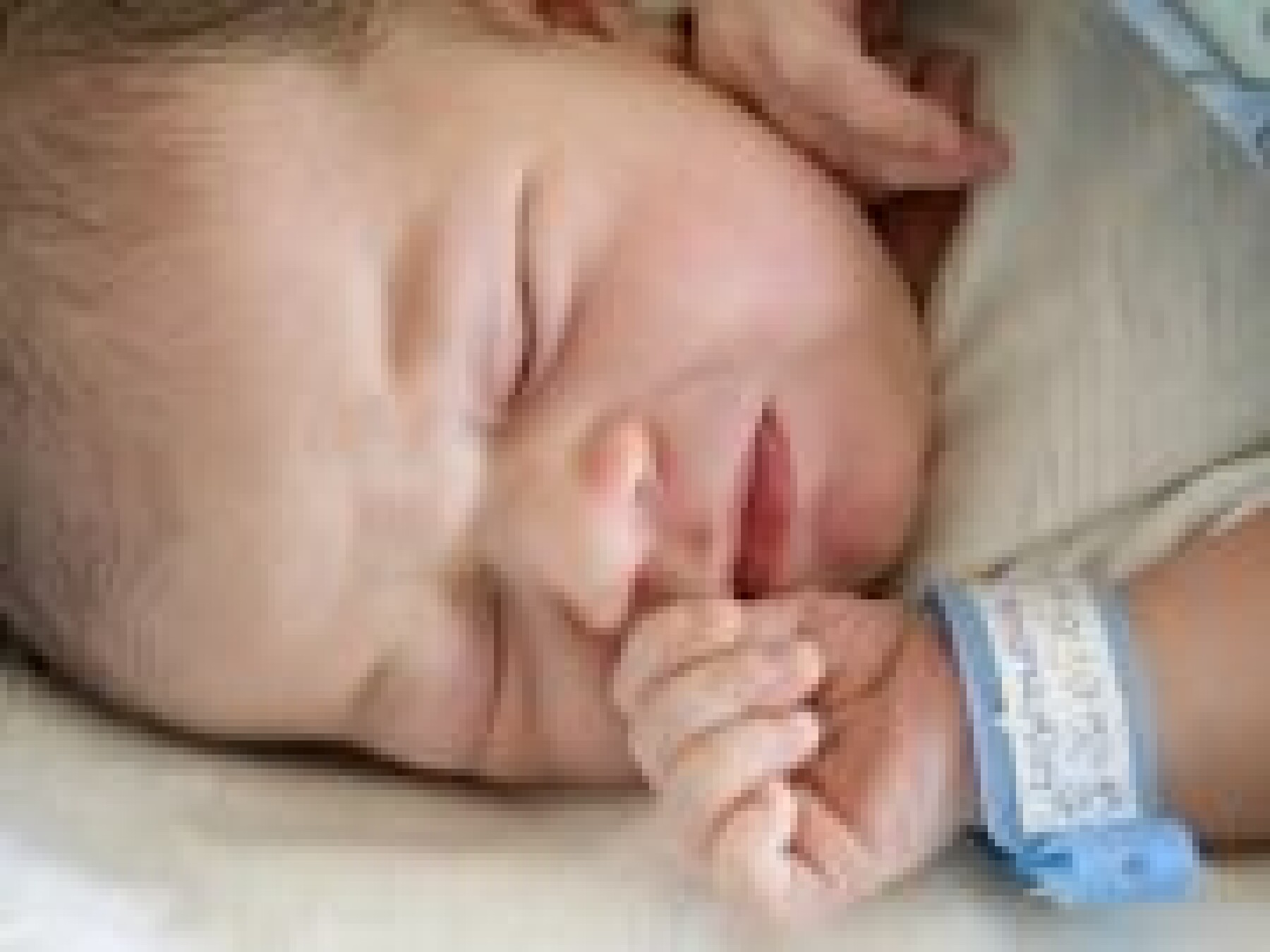 Les premiers soins de bébé