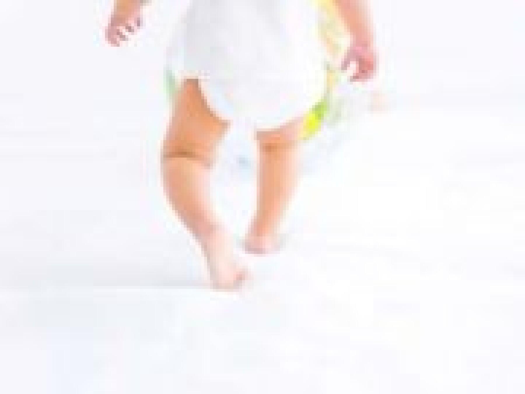 marche bizarre bébé