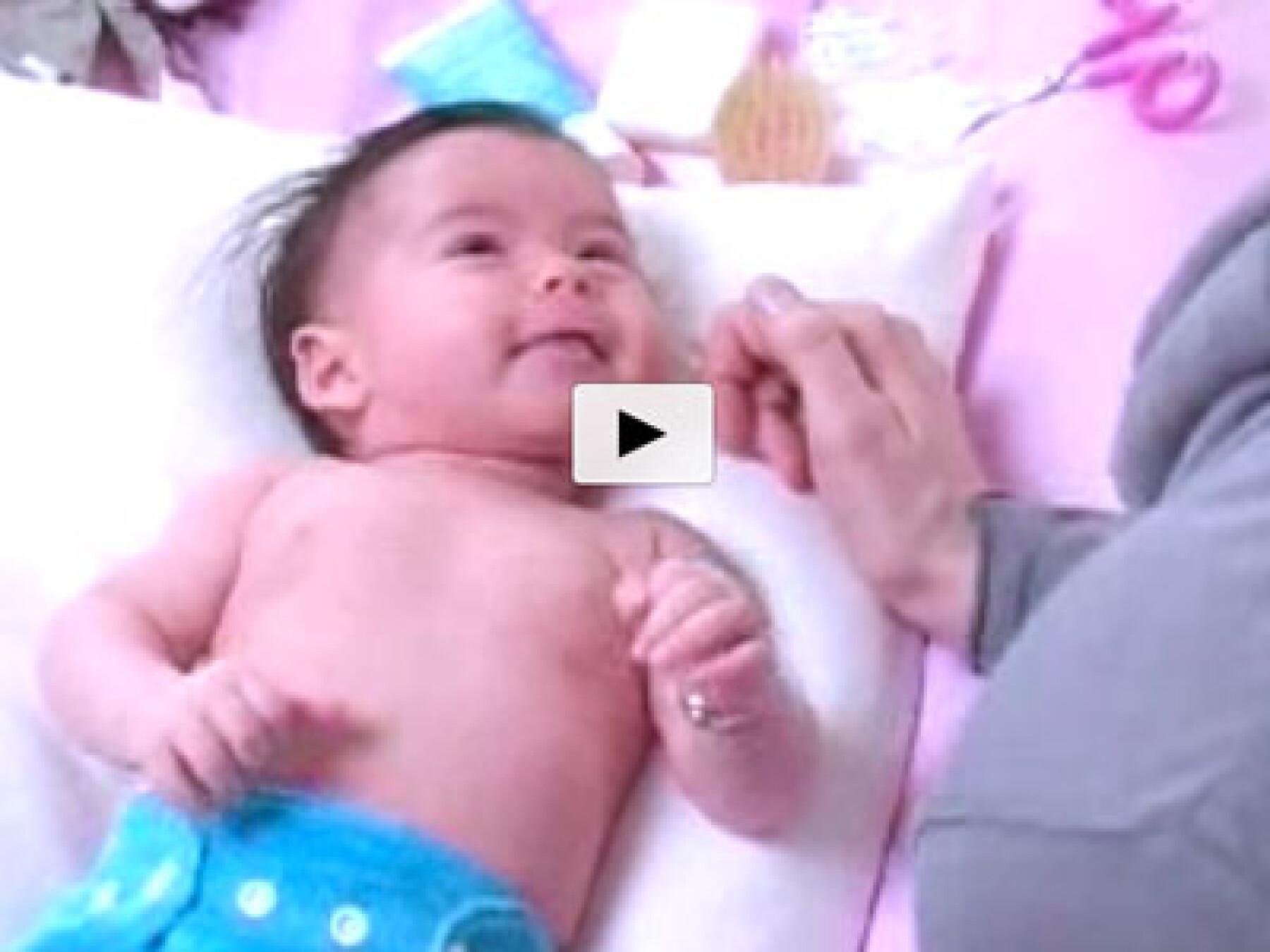 video toilette de bébé