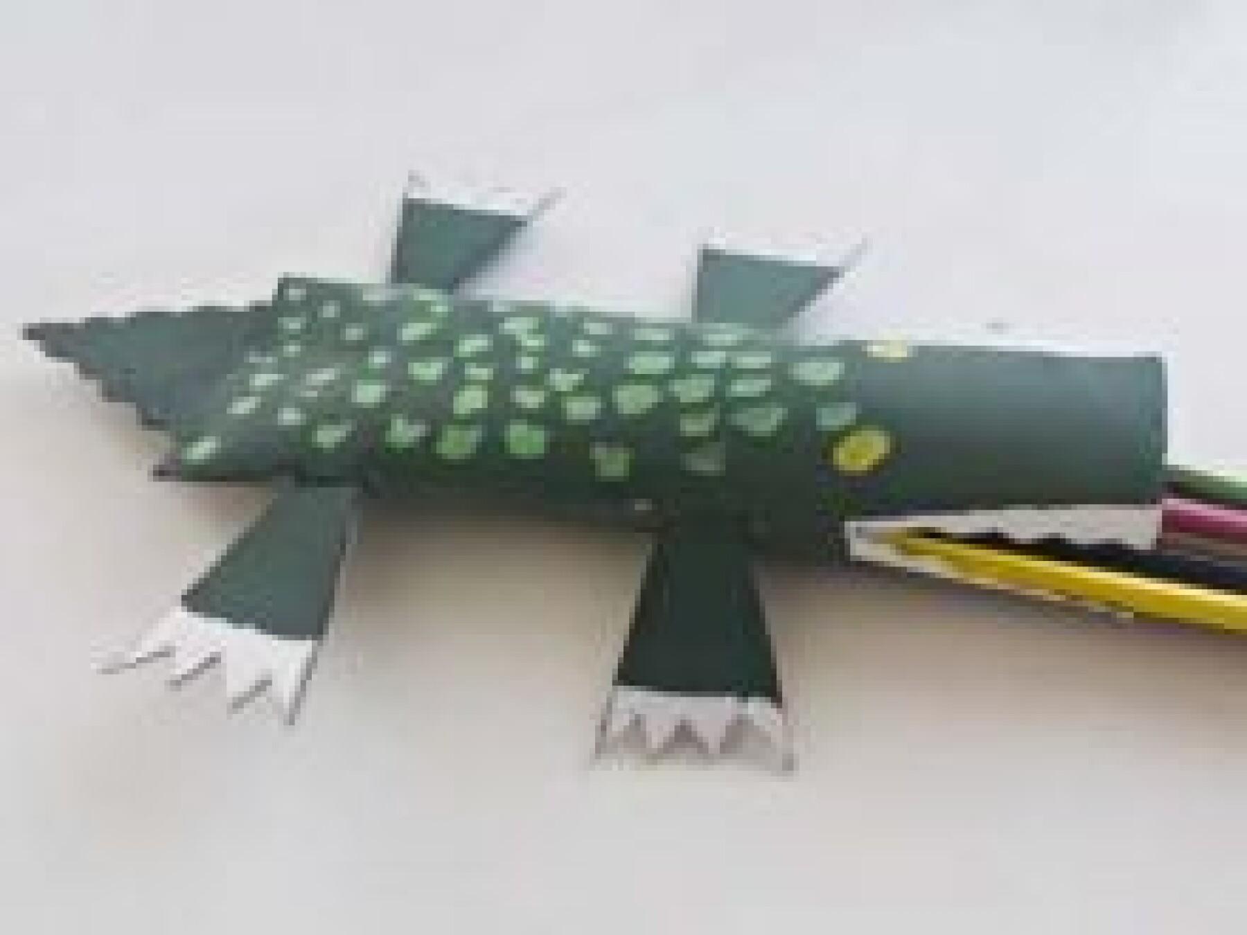 Le crocodile range-crayons