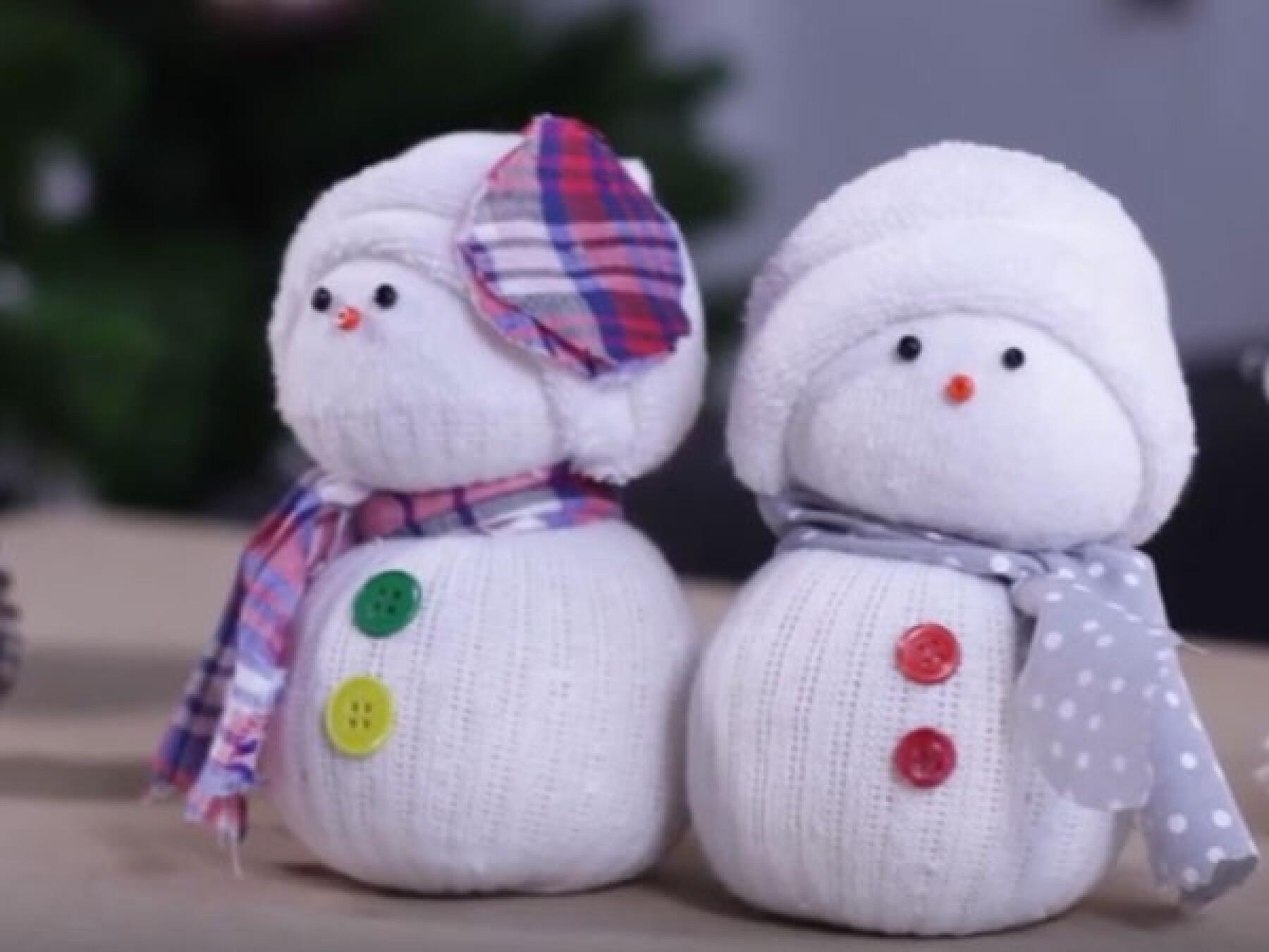 bricolage Bonhommes de neige chaussettes