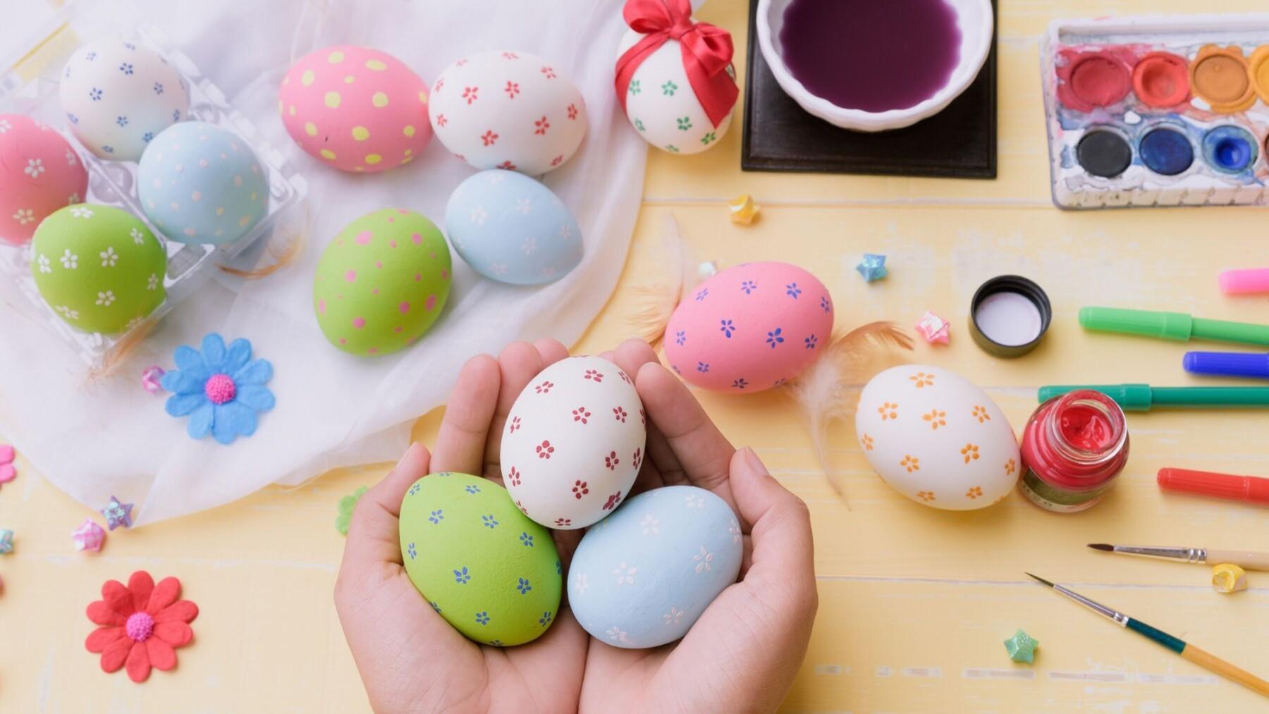 vider et décorer les œufs